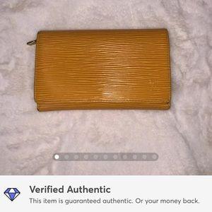 Louis Vuitton Epi Tresor short compact wallet